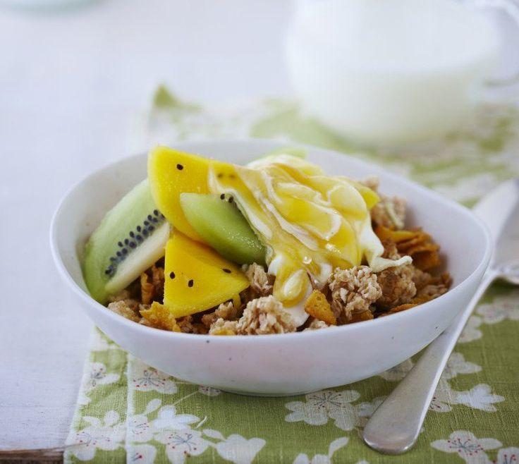 Fruity yoghurt breakfast crunch | The Heart Foundation