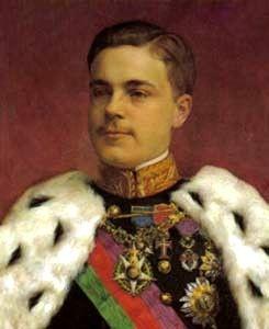 Manuel Maria Filipe Carlos Amélio Luís Miguel Rafael Grabriel Gonzaga Xavier Francisco de Assis Eugénio de Bragança Orleães Sabóia e Saxe-Coburgo-Gotha, nasceu a 15 de novembro de 1889, filho de D. Carlos I, rei de Portugal e de D. Amélia de Orleães. Ficou conhecido como D. Manuel II de Portugal, tendo sido o 35º e último rei de Portugal, tendo-o sucedido ao seu pai D. Carlos I, depois do assassinato deste e do príncipe-herdeiro D. Luís Filipe, a 1 de Fevereiro de 1908.