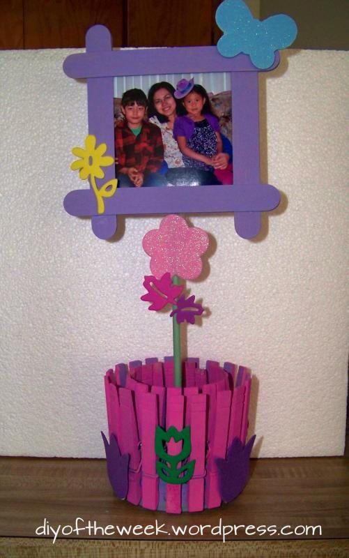 photo holder, clothespin photo holder, tuna can photo holder, repurposed tuna can, repurposed clothespin, craft sticks craft, mothers day diy