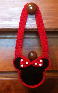 Minnie Mouse Child's Crochet Purse. I would do this with cotton yarn