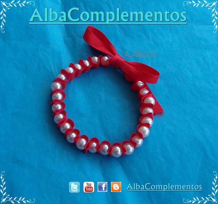 Pulsera de perlas y cinta roja. pulsera perlas accesorios AlbaComplementos