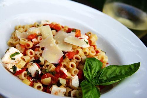 Roma ditalini with fresh mozzarella and basil
