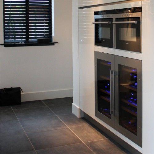 25 beste idee n over keuken wijn decor op pinterest wijn thema keuken wijn keuken thema en - Keuken met wijnkelder ...