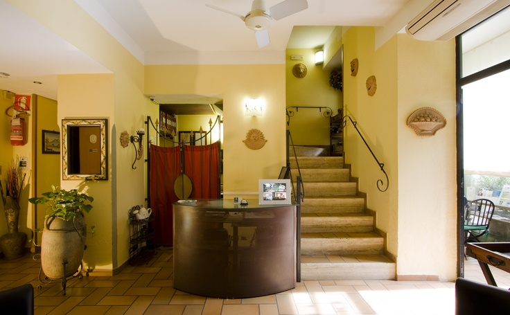 Hotel Villa Medici Naples, Reception