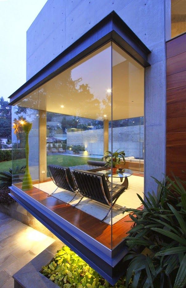 Arquitectura Contemporánea http://www.arquitexs.com/2014/04/Arquitectura-Contemporanea-Casa-S-arquitecto-Domenack.html