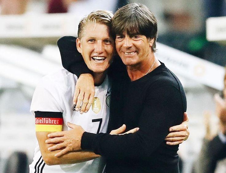 "345 Likes, 2 Comments - DFB-Team (@germany_nt) on Instagram: ""Hugs from the boss ❤️ #ServusBasti #germany #germanynt #dfbteam #diemannschaft #schweinsteiger…"""