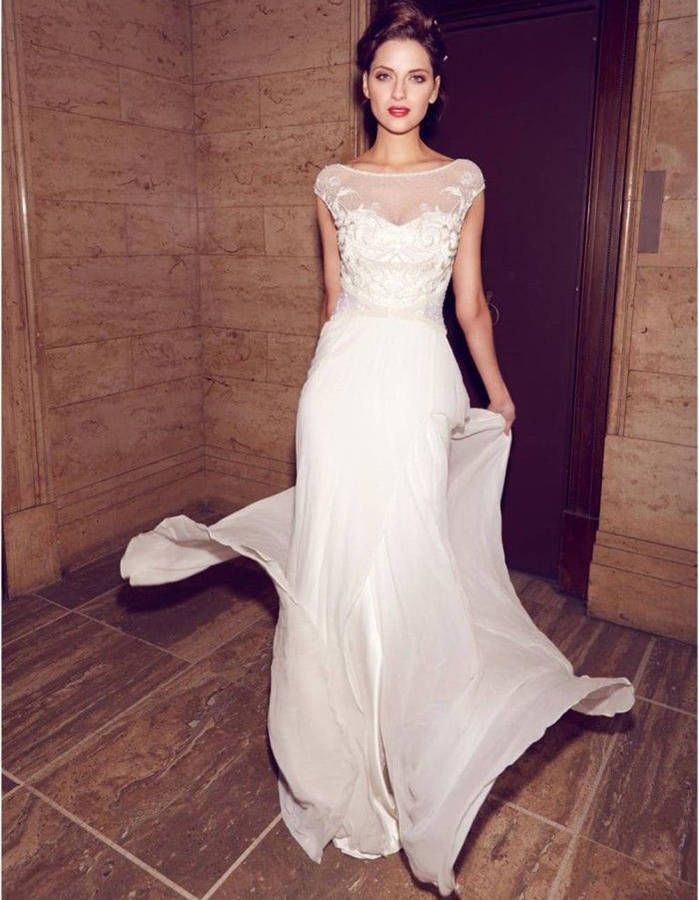 Robe de mariée dentelle fluide