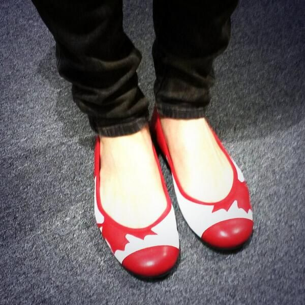 SOCHI 2014 | Jen Heil's shoes in Sochi | CBC Olympics | Jen, wherever you are, I want those shoes!!!