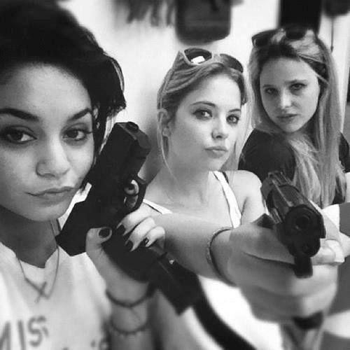 Spring Break BitchessssssssSelena Gomez, Girls, Vanessa Hudgens, Guns, Spring Breakers, Ashley Benson, Movie, Bangs Bangs, Rachel Korine