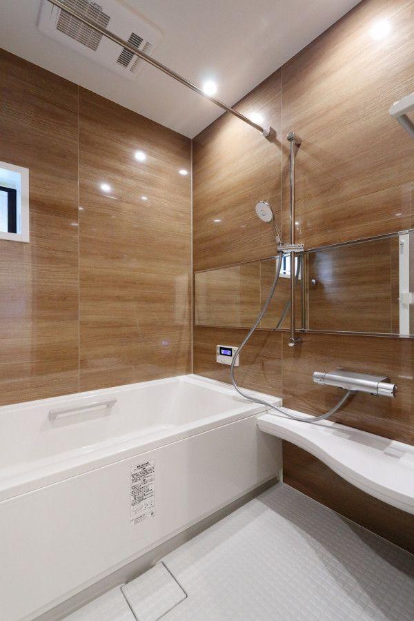 シンプルナチュラルなここちいい家3 東京で注文住宅を建てるジェネシスの施工写真集 リクシル お風呂 バスルームのデザイン バスルームのインテリアデザイン