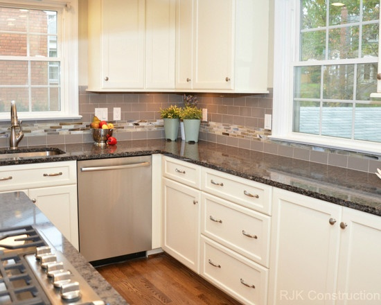 Find This Pin And More On Kitchen Transitional Designs By Skilldesigns