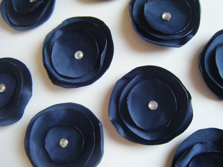 cute accents to get the navy in somewhere