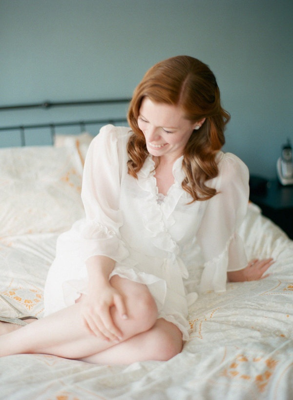 a gorgeous getting ready robe for the Bride  Photography By / emilysteffen.com