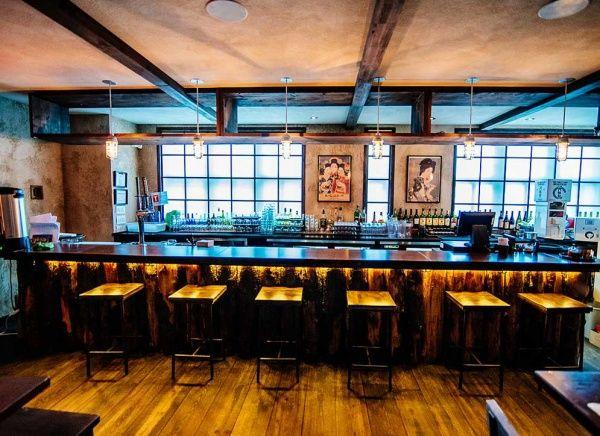 Restaurant japonais Ichigo Ichie situé sur le Plateau au 360 Rachel Est, Montréal. Expérience culinaire divine !