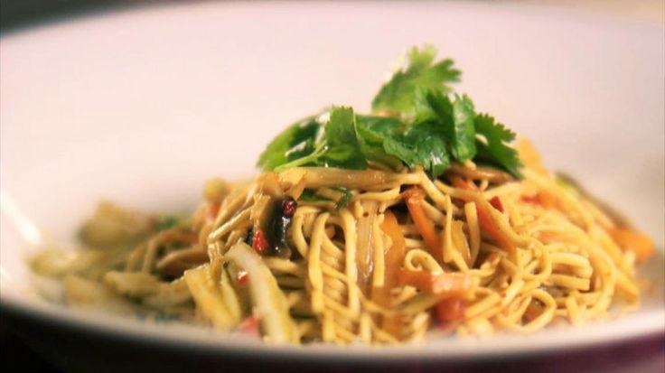 Gebakken vegetarische noedels | Little Asia