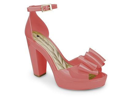 Petite Jolie plastic shoes that Lydia wore. Sold in the Oops store.