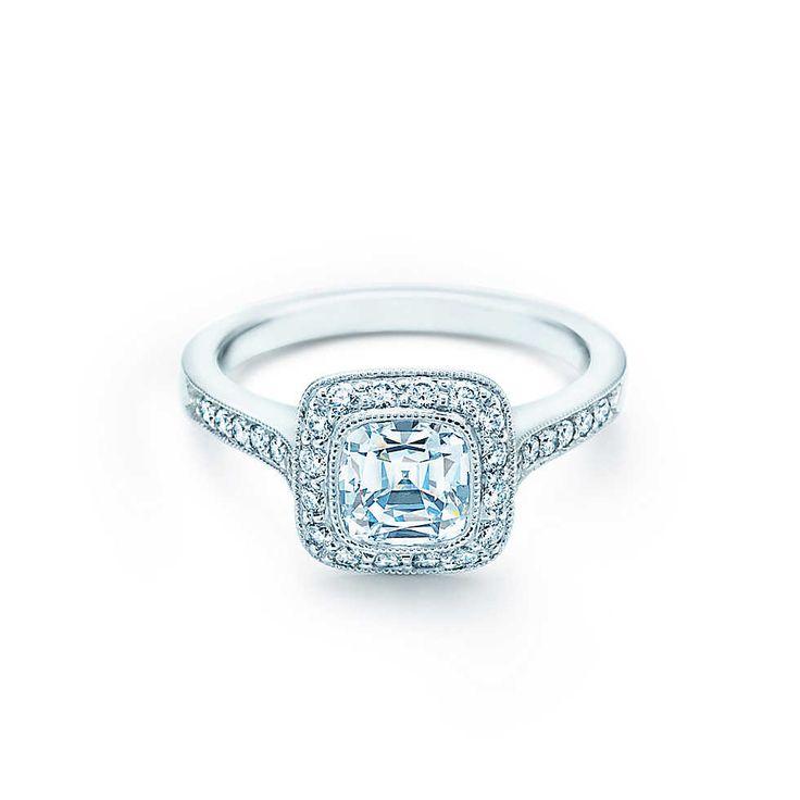 Ma seconde bague de fiançaille parfaite: Bague Tiffany Legacy® Bagues de FiançaillesTiffany & Co.