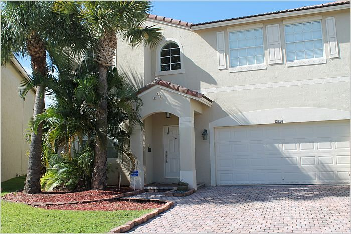 $360,000 - 12693 NW 9th Street Coral Springs, FL 33071