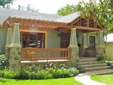 Bungalow porch with pergola extension