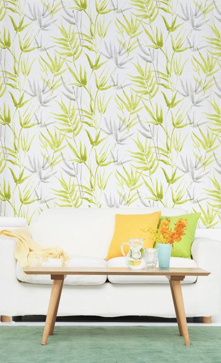 I tapetkollektionen Tropicana är det naturen som bestämmer! Tropiska bladmönster mixas med läckra dip dye- inspirerade ränder och enfärgat med levande ytor. Livfulla kulörer som limegrön, turkos, och roströd flätas samman med mer sobra toner som vit, grå och beige. Art.nr TRO105