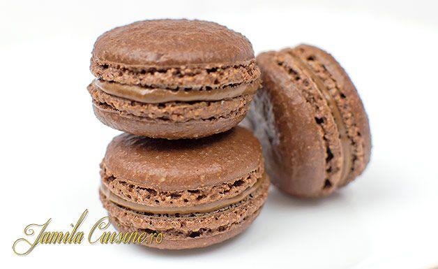 macarons cu ciocolata