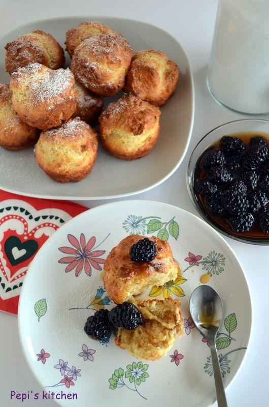Μια συνταγή για Muffins με σιρόπι σφενδάμου και μούρα made by Pepi's kitchen!