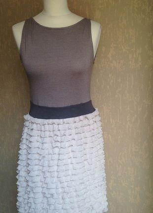 À vendre sur #vintedfrance ! http://www.vinted.fr/mode-femmes/robes-casual/24214212-robe-dete-moulante-zara-beige-tm