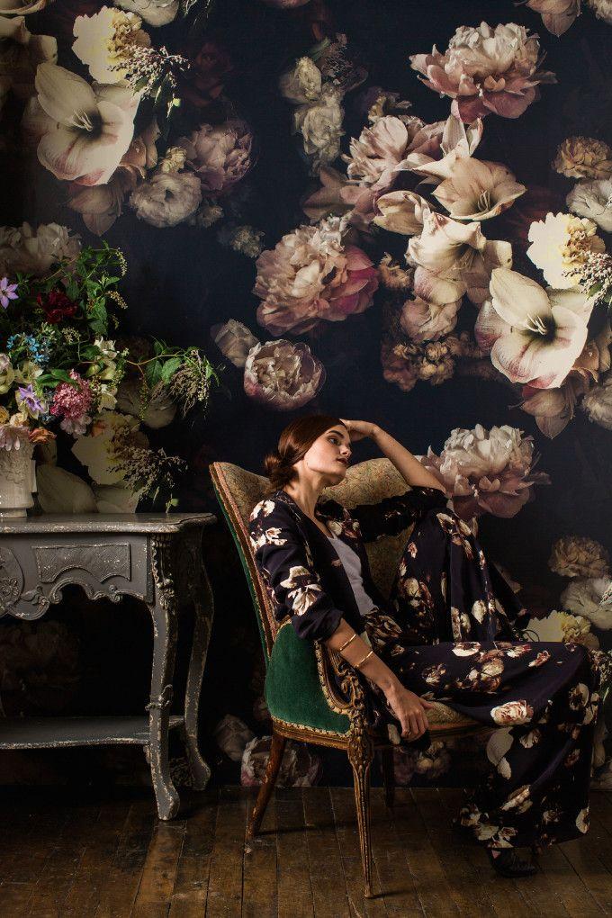 ashley-woodson-bailey-floral-wallpaper