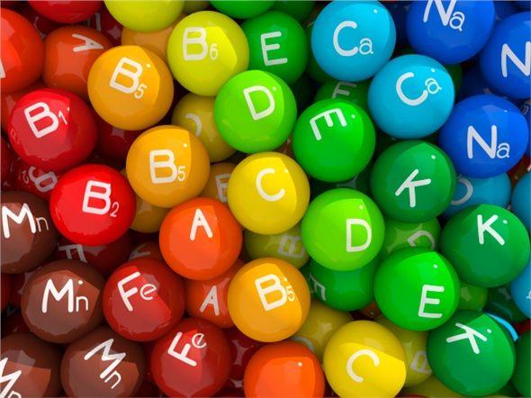 A, B, C ve E vitamini içerir. İçeriğinde bulunan yağlar tok tutar, ama yenilen miktara dikkat edilmelidir. Ara öğünlerde 10-15 adedi yeterlidir.