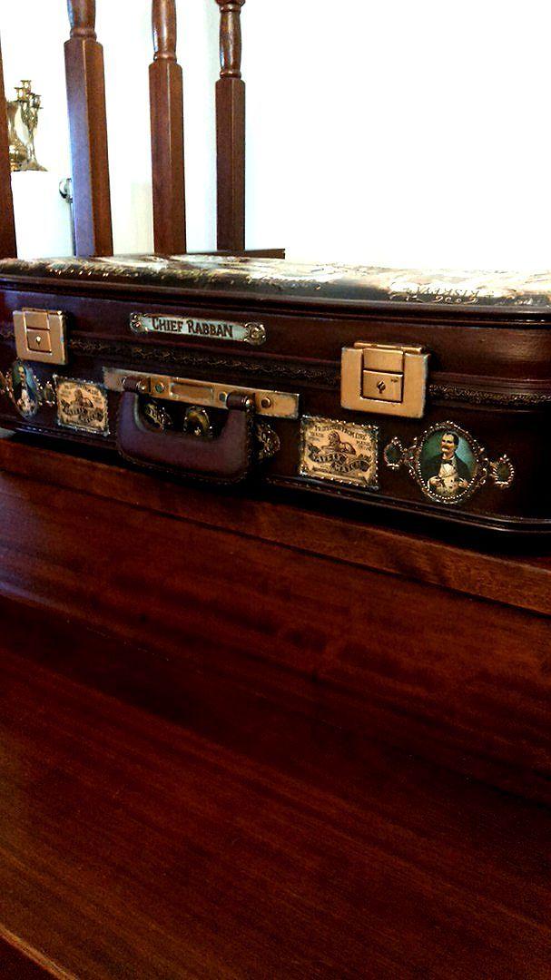 Реставрация и декупаж старого чемодана