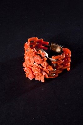 Mediterranean Coral of Sciacca and gold Bracelet, Neapolitan manufacture, late XIX century