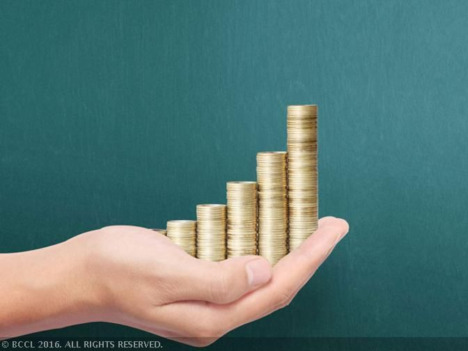 The recent upheaval in the Tata Group has led to several fund houses rejigging their exposure in the listed companies of the group.  #MF #MutualFunds #Investoday #Sadravya