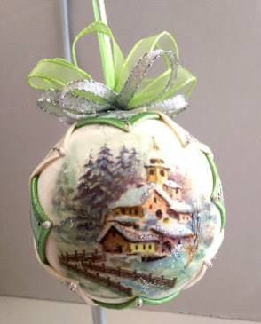 Vintage Christmas Quilted Ornament/Victorian Folded Fabric Christmas ornament/ Quilted no sew fabric Christmas ornament ball