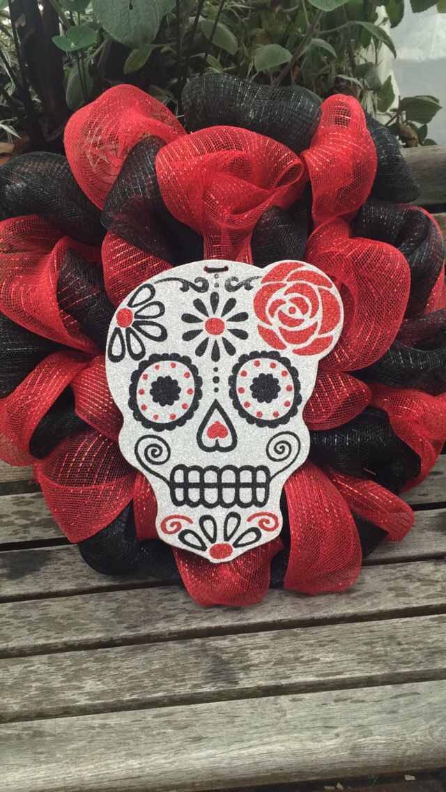 Sugar skull wreath. | Happy Fall Y'all! | Pinterest ...