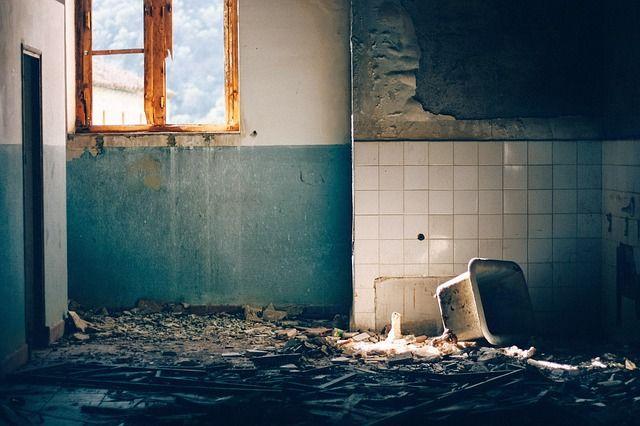 Egy rövid összefoglaló mindazoknak, akik lakásfelújítást terveznek. #ingatlanjog #lakásfelújítás #kereskedelmijog