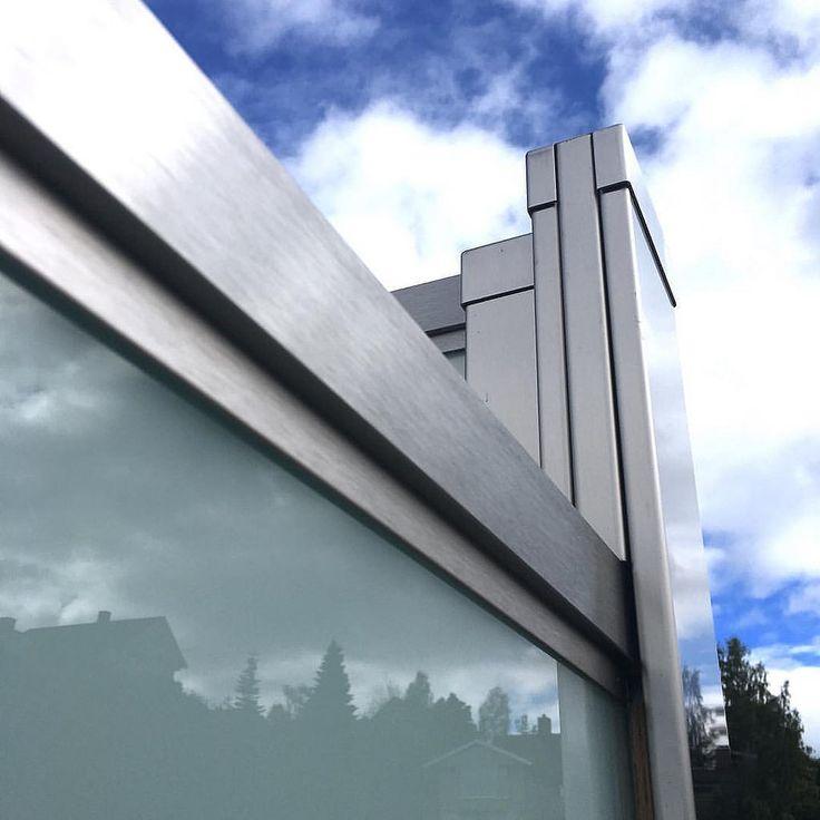 https://flic.kr/p/NumC6H   Fra en høyde til en annen-  hjørne-detalj Sonate Fire. Photo Ylva Meltvedt www.forefence.com