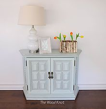 Refurbished furniture for the modern home. Find Side tables, coffee tables, night stands and much more. Hand painted with chalk paint and Latex paint.