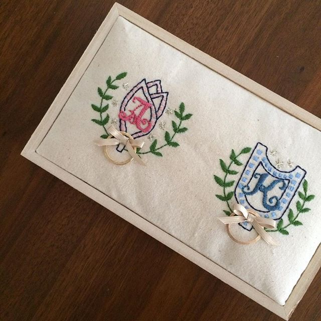 刺繍のリングピロー