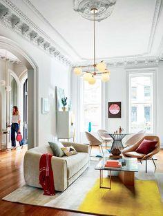 Quand un petit appartement est à la charge d'un architecte d'intérieure responsable, la première chose à faire est de se préoccuper avec le confort futur du client et garantir la haute fonctionnalité. http://www.delightfull.eu/en/  #décorationd'intérieur #décodeluxe #intérieursluxueux #appartementsdeluxe #intérieureaudacieuse #styledeco #grandepersonnalité  #appartementparfait #Appartementdeluxe