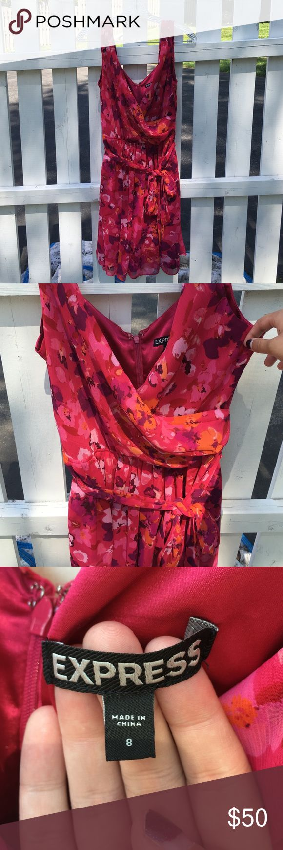 Express Flower Dress Great condition, worn once, zip closure Express Dresses
