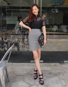 Today's Hot Pick :ラップ風モダンリネンスカート【BAGAZIMURI】 http://fashionstylep.com/SFSELFAA0022516/bagazimurijp/out シンプルなアンバランススカート♪ ラップスカート風の洗練したフェミニンなアイテムです。 今の季節に欠かせないリネン100%素材を使用! どんなトップスとも合わせやすくデイリーにもフォーマルにも活躍します◎ フェミニンなブラウスを合わせると通勤スタイルにもぴったり! 裏地付きで透ける心配もなく着心地抜群です☆ ◆2色:チャコール/スカイブルー