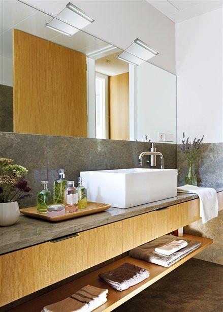 Ba o con mueble bajolavabo de roble y lavamanos - Lavamanos con mueble ...