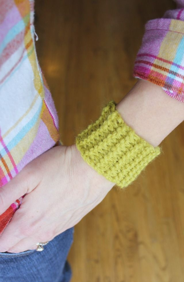 Toilet Roll Knitting Is A Fun And Easy Activity For