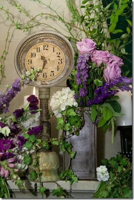 Love the staging of this Steampunk clock! Clocks at weddings are so fairy tale like