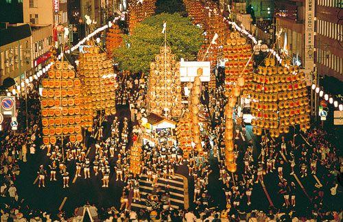 秋田竿燈まつり Akita Kanto Festival