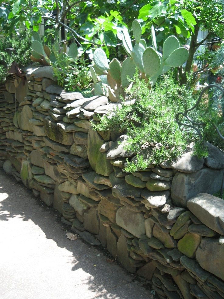 river rock wall photographed by heather moll dunn landscape and garden designer on - Rock Wall Garden Designs