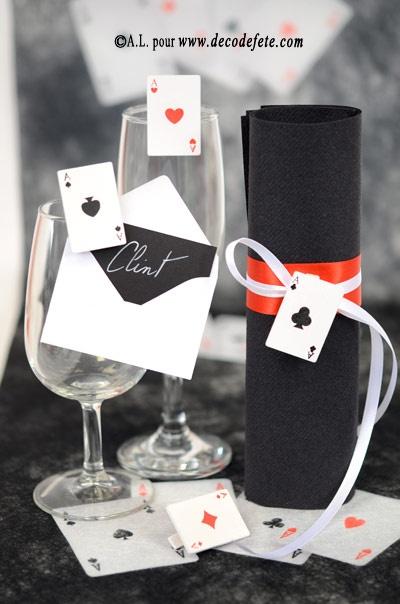 Pour les férus de jeux, retrouvez les petites pinces cartes à jouer et jetons http://www.decodefete.com/pinces-jetons-casino-rouge-noir-p-3471.html ! #marque #place http://www.decodefete.com/pinces-carte-jeux-p-3470.html