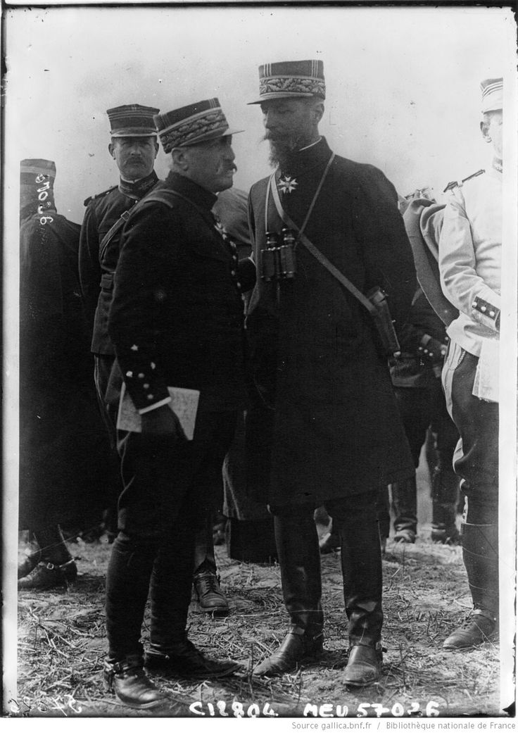 Les généraux Gouroud et de Castelnau : [photographie de presse] / Agence Meurisse | Gallica
