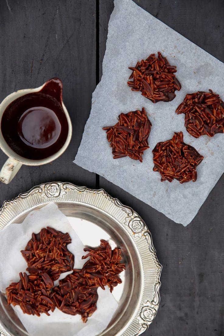 Almond Dark chocolate treats