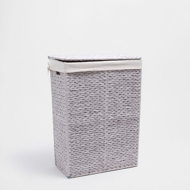 Image 1 of the product Light grey clothes basket